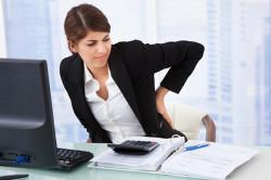 Неправильная осанка - причина грыжи шейного отдела