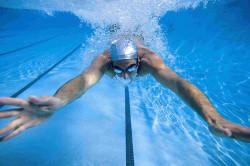 Плавание для повышения эффективности занятий йогой