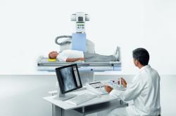 Прохождение рентгена для выявления перелома крестца