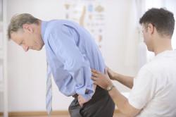 Обращение к врачу для выявления причины боли